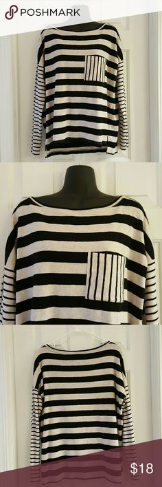 Lou & Grey Contrast Striped Top Lou & Grey Contrast Striped Top with front pocket. Excellent condition. 56% Cotton. 44% Polyester. Length from shoulder to hem is approx 25 inches. Lou & Grey Tops Tees - Long Sleeve