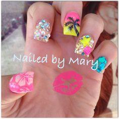 Luau Hawaii paradise beach ocean nails