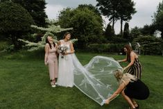 Tips for relaxed group photos at weddings | Caroline Hancox Photography Prom Dresses, Formal Dresses, Wedding Dresses, Wedding Group Photos, Documentaries, Have Fun, Wedding Day, Wedding Photography, Weddings