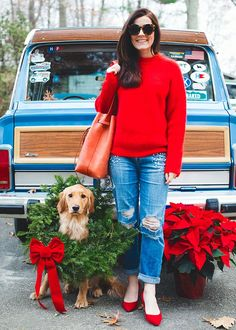 Festive, casual, and chic - the kind of Xmas look I'm hoping for!