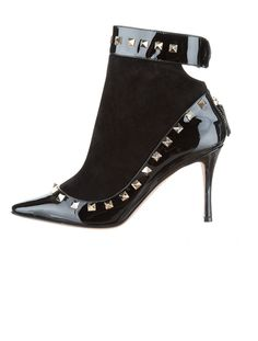 Studded Out: Valentino Rockstud Boots.