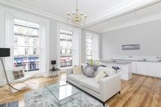 Edinburgh - White - Wood - Modern - Eating Area - Lounge - Kitchen - Grand Windows