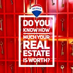 Thinking of being a real-estate agent, but do not know where to start? First, you would have to determine if this kind of career is the right one for you. Most people usually think that to be a successful real-estate agent, you just n Real Estate Quotes, Real Estate Tips, Becoming A Realtor, Courtier, Getting Into Real Estate, Denver Real Estate, Best Investments, Real Estate Marketing, Marketing Ideas