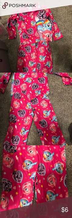 My little pony size 4 toddler girls pajamas My little pony size 4 toddler girls pajamas. Worn but still in good condition no rips or stains My Little Pony Pajamas Pajama Sets