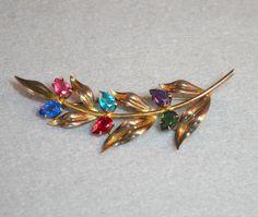 Sterling 14K Vermeil Crystal Leaf Brooch Symmetalic Vintage | Etsy Etsy Vintage, Unique Vintage, Vintage Items, Artisan Jewelry, Antique Jewelry, Vintage Jewelry, Leaf Jewelry, Jewellery, Vintage Brooches