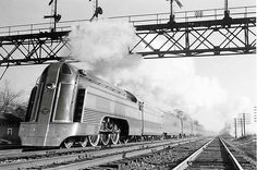 Jersey City–Philadelphia Crusader, westbound at Roselle, N.J., on Jersey Central tracks, 1940s