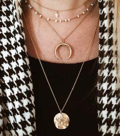 #photography de mes bijoux gold De haut en bas  collier ras de cou croix @rosa.la.brune  collier perles #boutique #agde  collier corne @shop_natamelie  collier médaille @bijouxsucredor  Ils sont mes chouchous ils ne bougent pas  . . #jewelry #gold #jewerlydesigner #creation #creative #eshop #bijoux #dore #pictureoftheday #women #accessoires #instagram #instalike #details #detailsoftheday #love #femme #shopnatamelie #labrume #bijouxsucredor