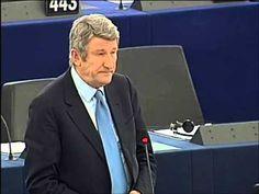 Politique - Devant Hollande Philippe de Villiers demande un référendum - http://pouvoirpolitique.com/devant-hollande-philippe-de-villiers-demande-un-referendum/