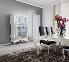 New York display case  Jetclass | Real Furniture Luxury Interior Design