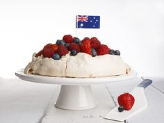Australia Day Pavlova is as Australian as sausages on the BBQ. Try this Australia Day Pavlova, it's simple & delicious. An easy Thermomix pavlova recipe. Pavlova Recipe, Blue Desserts, Australian Food, Creamed Eggs, Best Bbq, Australia Day, Raspberry, Berries, Cheesecake