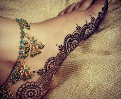 Feet Henna Designs for Bride  