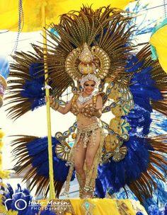 Las Tablas Carnival Dress, Carnival Masks, Carnival Costumes, Dance Costumes, Samba, Drag Queen Outfits, Brazil Carnival, Caribbean Carnival, Dance Moms Girls