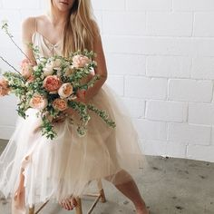 Soft feminine vibes with this garden rose- spirea bouquet and @alexandragrecco tule dress with @brushfire_photo @katelinacraig and @kayteestice . by soilandstem