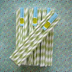 lime green paper straws!