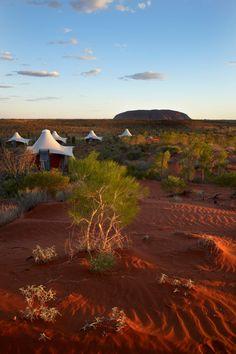 Resorts del mundo: Longitude 131º (Uluru, Australia) World Pictures, World Traveler, Dream Vacations, Best Hotels, Resorts, Travel Inspiration, Travel Destinations, Places To Visit, Around The Worlds