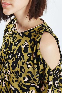 Leopard Print Cold Shoulder Tee - New In This Week - New In