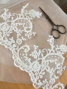 Cotton Alencon Lace Trim in Ivory for Bridal Veils by lacetime