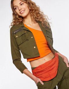 Riñonera Sporty Fanny Pack, Crop Tops, Women, Fashion, Hip Bag, Moda, Fashion Styles, Waist Pouch, Fashion Illustrations