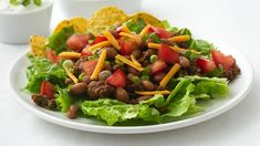 Healthified Taco Salad - pretty basic and traditional recipe, but husband approved. I add the beans and can of petite diced tomatoes to the meat or he wouldn't eat any of that. Taco Salad Recipes, Healthy Recipes, Skinny Recipes, Gluten Free Recipes, Mexican Food Recipes, Diet Recipes, Cooking Recipes, Ethnic Recipes, Healthy Salads