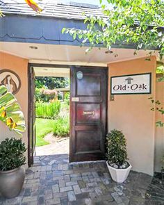 Old Oak Guest House 54 Ganzekraal street Oak Glen Bellville +27 (0) 21 910 0703 Email info@oldoakguesthouse.co.za   At Old Oak, guests relax in an atmosphere where they can put up their feet without feeling like they are in someone else's' home.    Credit Cards accepted  #OldOak #Guesthouse #sixbedrooms #Belville #CapeTown #SouthAfrica #dinneronrequest #homefromhome #shuttleservice #3star #onsiteparking#central Credit Cards, Cape Town, Relax, Street, House, Haus, Homes