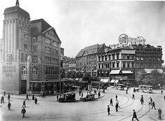 am Potsdamer Platz. Potsdamer Platz, Dresden, Historical Photos, Times Square, The Past, Germany, Street View, Europe, Explore
