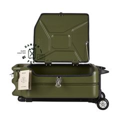 danish-fuel-original-jerry-cans-trolley-army-green-open