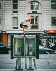 After Cuba, photographer Omar Z. Robles made a little trip to New York City to return with a series of portraits dedicated to ballet dancers performing their art in the streets of the Big Apple. Dance With You, Lets Dance, Street Dance, Ballet Russe, Porto Rico, Misty Copeland, Alvin Ailey, Dance Poses, Ballet Photography