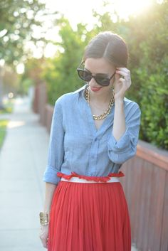 Red + Chambray (bonus points for paperbag waist chicness!)
