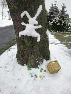 For those of you with snow this Easter! Happy Easter, Easter Bunny, Easter Food, Snow Sculptures, Snow Fun, Good Jokes, Special Day, Special Events, Street Art