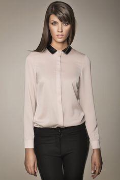 Black and tan Style Garçonne, Boyish Style, Beige Shirt, Glamour, Office Attire, Office Looks, Leather Collar, Work Fashion, Business Women