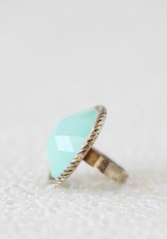 Dreamy Bay Mint Ring | Modern Vintage Jewelry