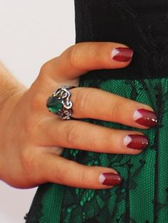 Sarah Hyland's half moon (reverse French) manicure Emmys 2013