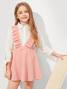 Looking for newborn baby girl clothes? Check out our amazing girl's clothing selection today. Girls Fashion Clothes, Tween Fashion, Fashion Outfits, Little Girl Dresses, Girls Dresses, Skirt Outfits, Casual Outfits, Cute Young Girl, Cute Outfits For Kids