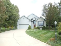 9687 Greenside Ct, Centerville, OH  45458 - Pinned from www.coldwellbanker.com