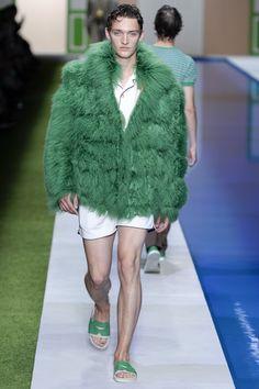 Fendi Spring 2017 Menswear Collection Photos - Vogue