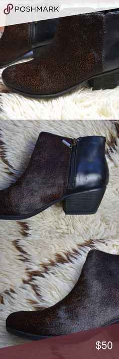 """Clarks Leather & Cow Fur Low Ankle Boots Sz 10 Women's Clarks Leather & Cow Fur Ankle Boots  Size: 10 M Upper cow fur black with brown subtle animal print Stacked 2.25"""" heel Side zipper Rubber sole for comfort Mint Condition Clarks Shoes Ankle Boots & Booties"""