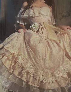 Ball Dresses, Ball Gowns, Pretty Dresses, Beautiful Dresses, Elegant Dresses, Fairytale Dress, Fairytale Fashion, Princess Aesthetic, Fantasy Dress
