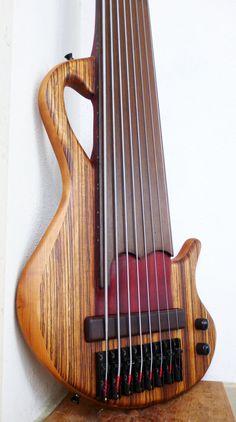 Prometheus Fretless Bass