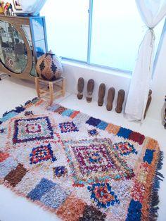 モロッコラグ ボシャルウィット Boucherouite 391 http://maroc.shop-pro.jp/?pid=91600131