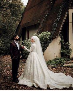Our bride is very beautiful hairdresser is very successful NurHan Türkçü.kilicli photo shoot is very good Sonersavasphotography Wedding dress from us lik Muslimah Wedding, Wedding Hijab, Muslim Wedding Dresses, White Wedding Dresses, Gothic Wedding, Dream Wedding, Couple Goals Tumblr, Cute Muslim Couples, Marriage Dress