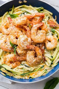 Low-Carb Shrimp and Bacon Zoodle Alfredo dinner, recipe, easy, gluten free, recipe, keto, lowcarb, healthy, zoodles, zucchini, cream, shrimp, paprika, recipe