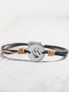 your pet's own pawprint and leather in the color of its fur, it's the most perfect declaration of love for your four-legged friend . . . #petlove #pet #pets #petdogs #doglovers #doggies #lovemydog #cats #catlovers #catjewelry