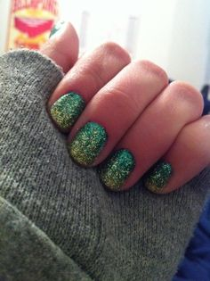 unofficial st patricks day nails <3