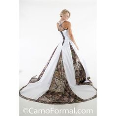 Satin and Camo. A-line Halter Wedding Dress with Camo Godets and Cathedral Train. Lace applique on front bodice and halter straps Sizes Pictured in White Satin and APG Realtreee Available in many satin colors and all camo patterns. Made in the USA. Pink Camo Wedding, Camouflage Wedding Dresses, Cowgirl Wedding, Country Wedding Dresses, Country Weddings, Dream Wedding, Wedding Country, Outdoor Weddings, Outdoor Ceremony