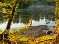Fly fishing at sunset on the James River in central Virginia at Rockcliffe Farm Retreat and Lodge