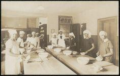 ttps://flic.kr/p/vHDZPQ | Grafton Public School - [Cooking Class] Dated: 06/12/1926 State records NSW