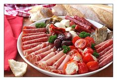 An antipasto platter is a great idea for when you are entertaining to keep your visitors happy before the main meal. I love antipasto platters Antipasti Platter, Meat Platter, Charcuterie, Party Platters, Food Platters, Party Trays, Italian Catering, Italian Antipasto, Italian Appetizers