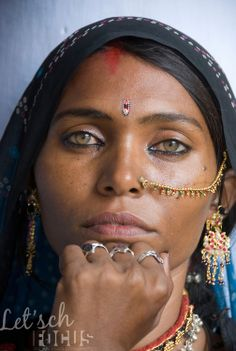 Although the eyes of this woman are exceptionally beautiful, having light coloured green eyes is not rare in the Thar desert of Rajasthan, I...