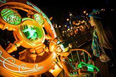 Looking for money-saving tips for visiting Tokyo Disneyland and Tokyo DisneySea? This post provides ways to do Tokyo Disney Resort on a tighter budget, Tokyo Disney Sea, Tokyo Disney Resort, Walt Disney, Disneyland Tickets, Hong Kong Disneyland, Disney Resorts, Disney Trips, Disney Money, Disney Tourist Blog