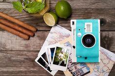 Design al sole. Per i nostalgici della Polaroid, Lomography produce macchine fotografiche che utilizzano pellicole istantanee Fujifilm. Questo modello ha tre obbiettivi, fish-eye, portrait e close up, filtri in gel, modalità di scatto automatica o manuale, lente grandangolare, esposizioni multiple illimitate, esposizioni lunghe infinite e attacco per il treppiede. La fotocamera perfetta per le vacanze.